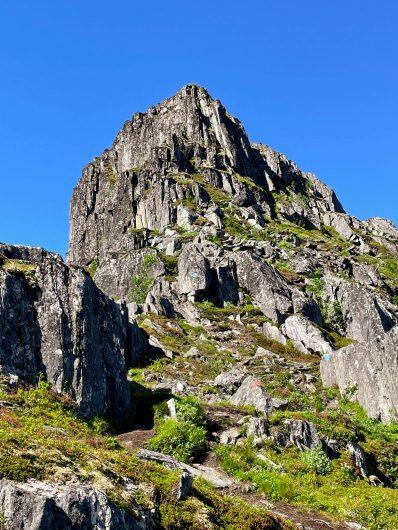 Barden-vuoren rinnettä.