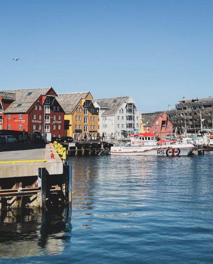 Tromssan satamaa.
