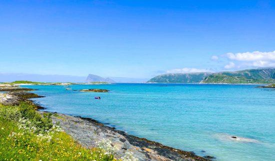 Sommarøy-saaren rantaviivaa.